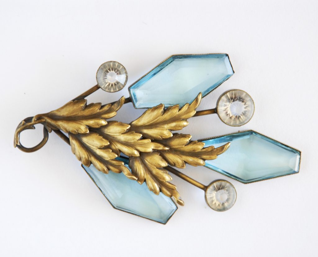 Circa Collectables Joseff of Hollywood hand cut blue crystal brooch, circa 1940, USA.
