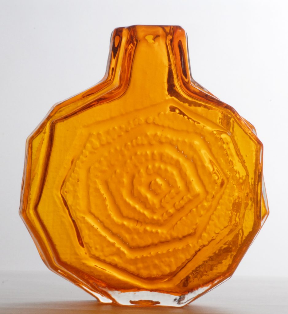 Circa Collectables Whitefriars English, Geoffrey Baxter designed 'Banjo' vase in Tangerine,1972.